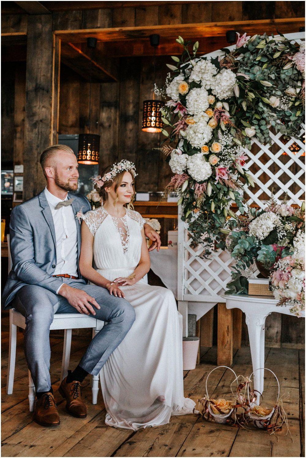 Boho Strandhochzeit Renesse Holland 19 Strandhochzeit Hochzeit Thema Strand Hochzeit