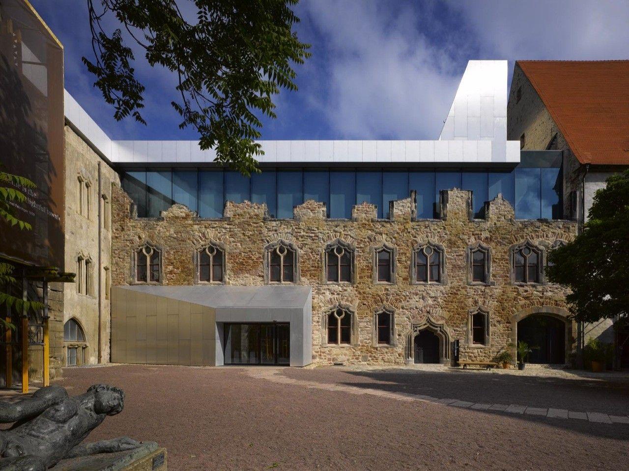 Gallery of moritzburg museum extension nieto sobejano for Extension architecte