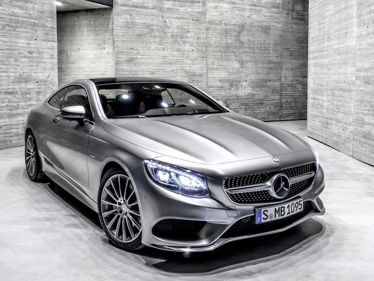 The Mercedes S-Cl Coupe is ultra-luxurious, but it also takes ...