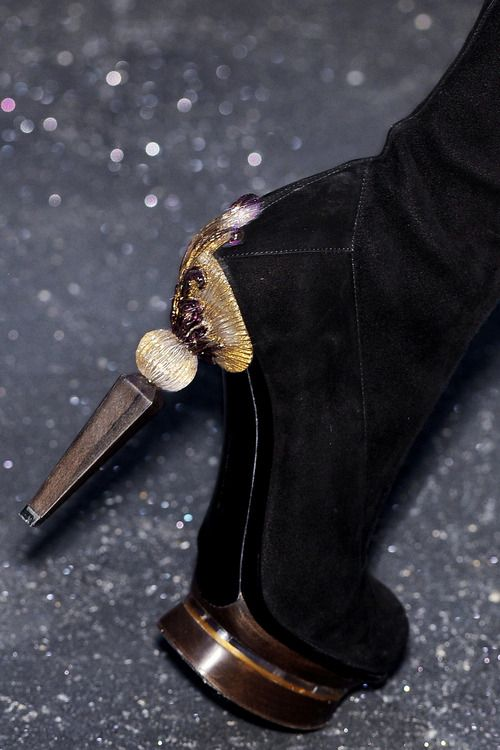 596a17e2f517f Gianfranco Ferre   Hot, Fierce, Badass Heels   Pinterest   Amant ...