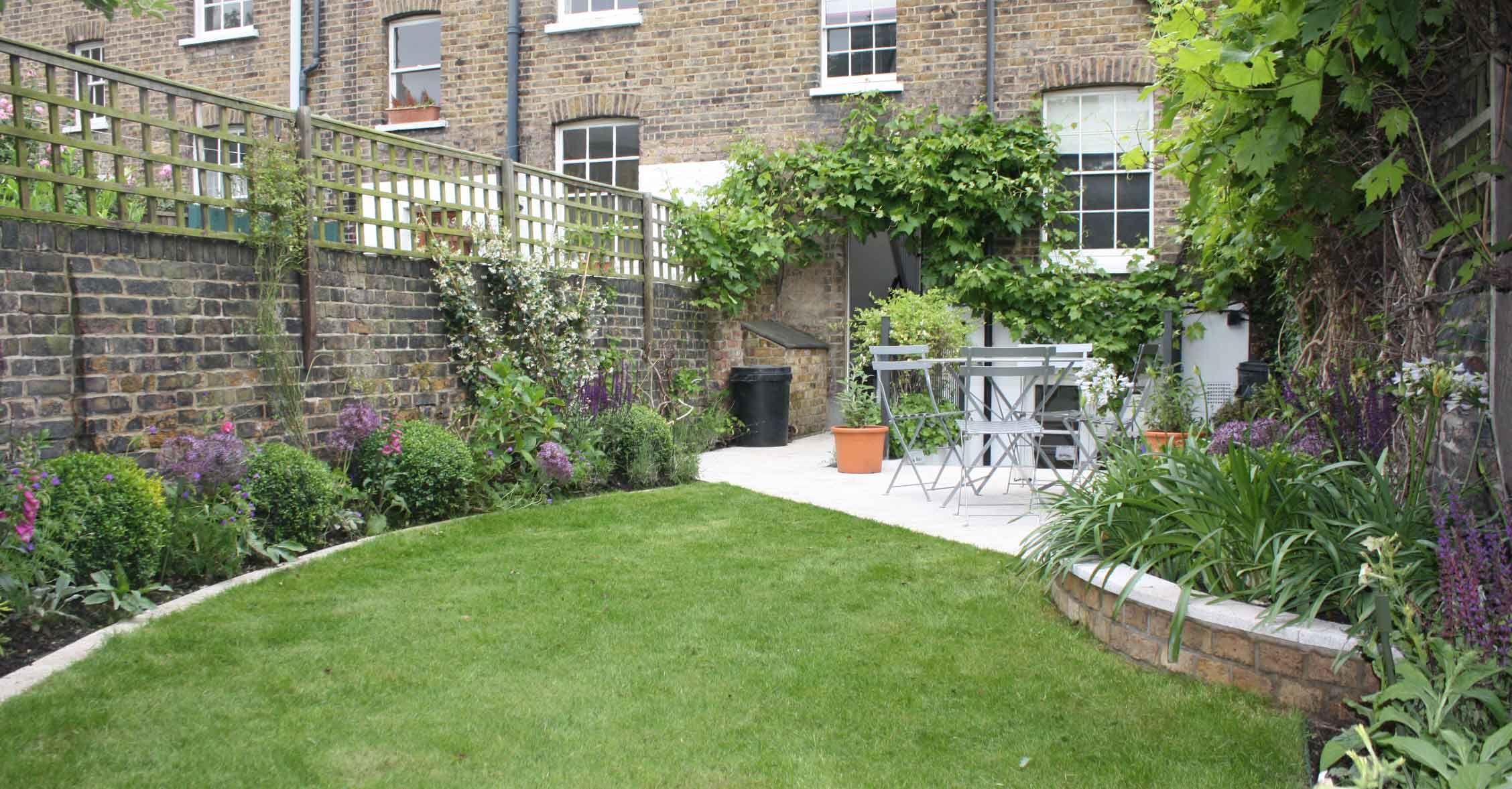 long thin greenwich cottage garden garden design london catherine cottage garden - Garden Design Long Thin