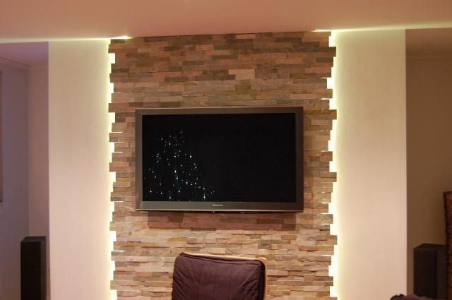 wohnzimmer steinwand tv 640 425 parement pierre pinterest wand tvs and living rooms. Black Bedroom Furniture Sets. Home Design Ideas