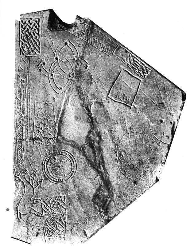 Fig. 3. The slate with sketches from the final phase of the second ringfort. (Photograph Ulster Museum).