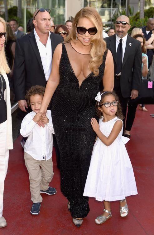 #MariahCarey  Mariah Carey shuts down idea that she might http://t.co/4o39A7u4CR http://t.co/p4ptqgKOt8  #MariahCarey  Mariah Carey shuts down idea that she might http://t.co/4o39A7u4CR pic.twitter.com/p4ptqgKOt8   Gi Ma (@gima2327) August 8 2015