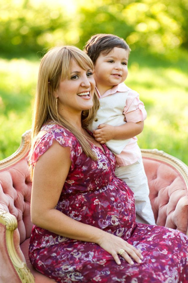 Love this Mommie to be posing on our vintage pink velvet chair by Ben Q Photography.  Chair by Rent My Dust