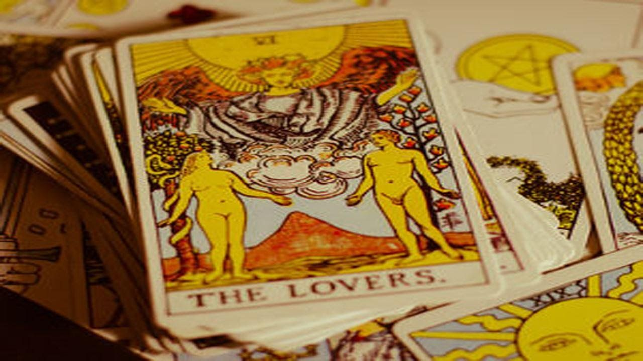 Tarot Reading 5 Things a Tarot Reading Can Tell You about