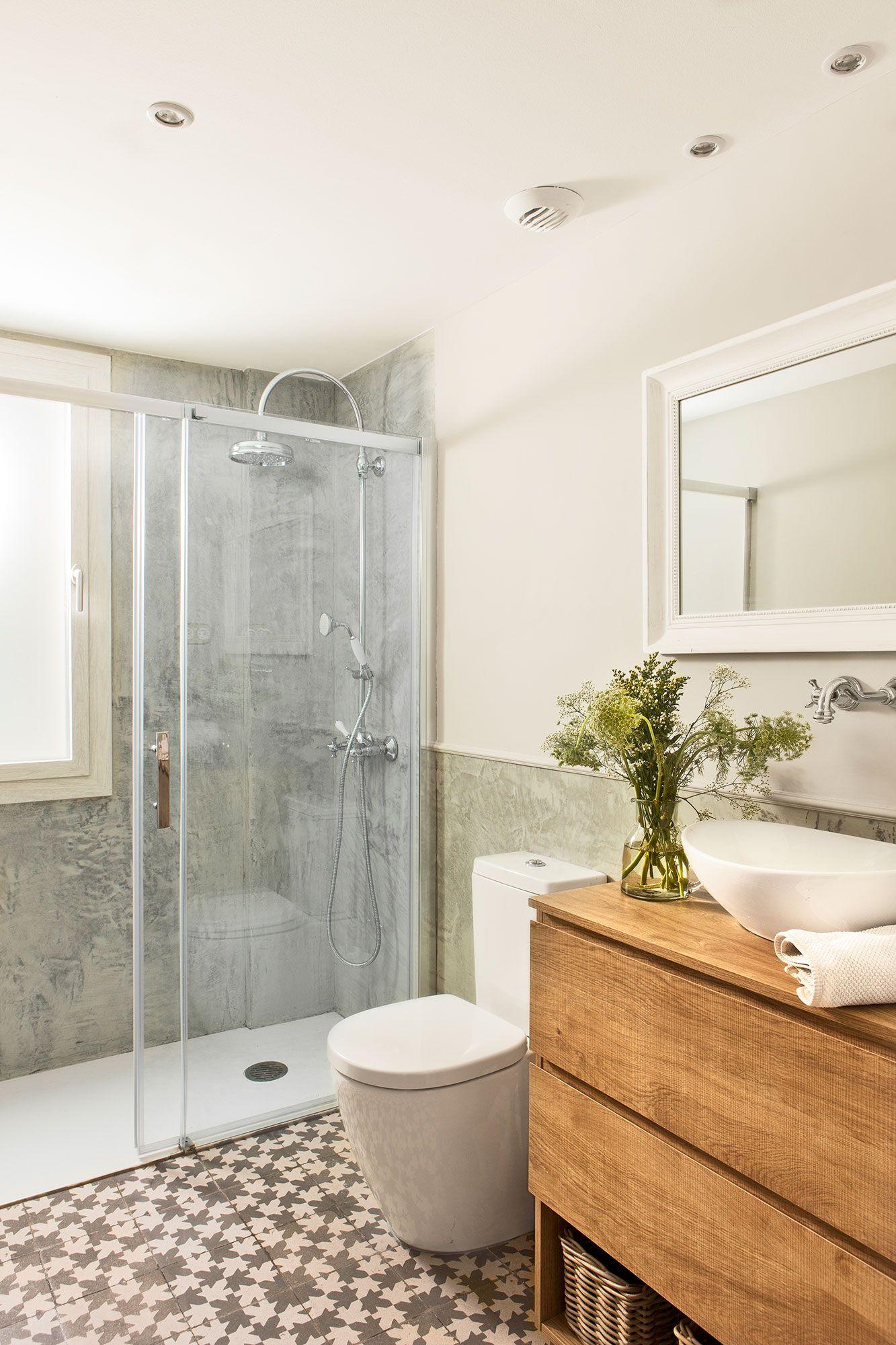 Claridad. | Baños pequeños, Platos de ducha y Muebles de baño