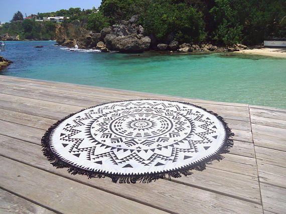 round beach towel in real sponge serviette de plage ronde serviette de plage et serviettes