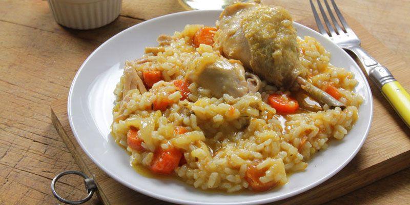 Este Platillo Preparado Principalmente Con Arroz Con Pollo Es Fácil De Preparar Te Compartimos El Proc Arroz Con Pollo Preparar Arroz Recetas Para Hacer Pollo
