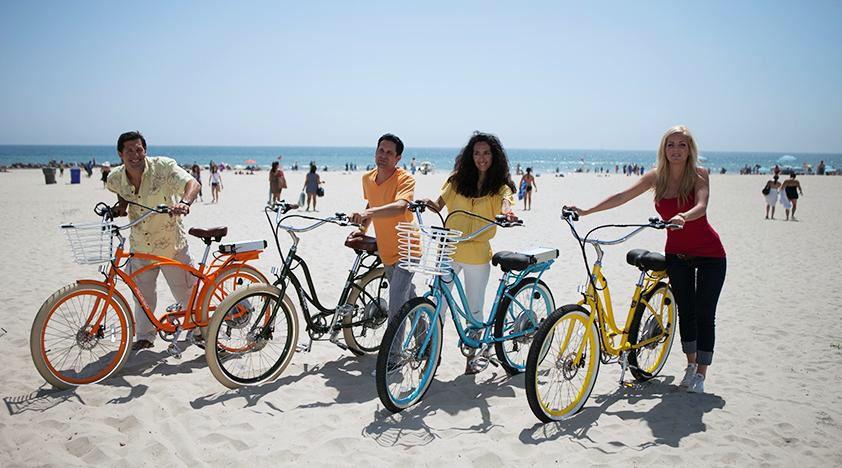 Bike Riding In Venice Beach Ca Bike Tour Los Angeles Tourist Attractions Venice Beach