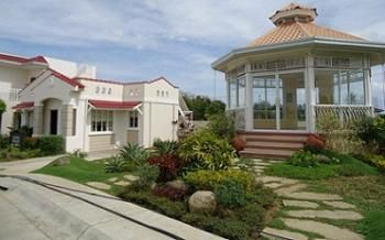 Elegant Cebu House And Lot And Lot Only For Sale In Escala At Corona Del Mar Located In Pooc Talisay City Cebu Co Resort Living Real Estate Corona Del Mar