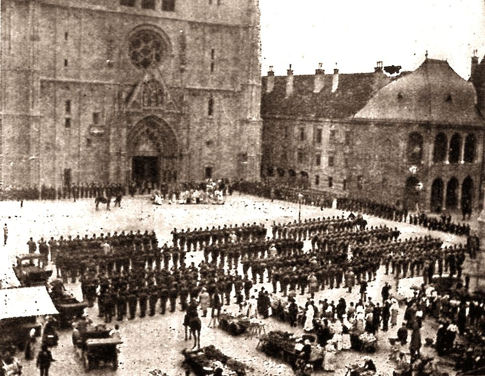 Zagreb 1914 Kaptolski Trg K U K Vojska Blagoslov Pred Odlazak Na Front Zagreb Croatia Croatia Zagreb