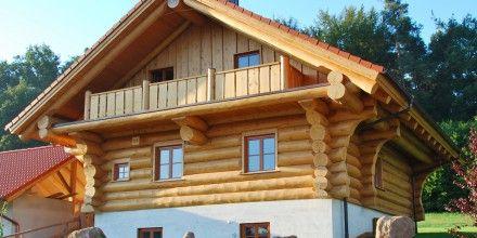 Naturstamm ✚ Naturstamm Blockhaus - Artifex Blockhäuser - Artifex Blockbau