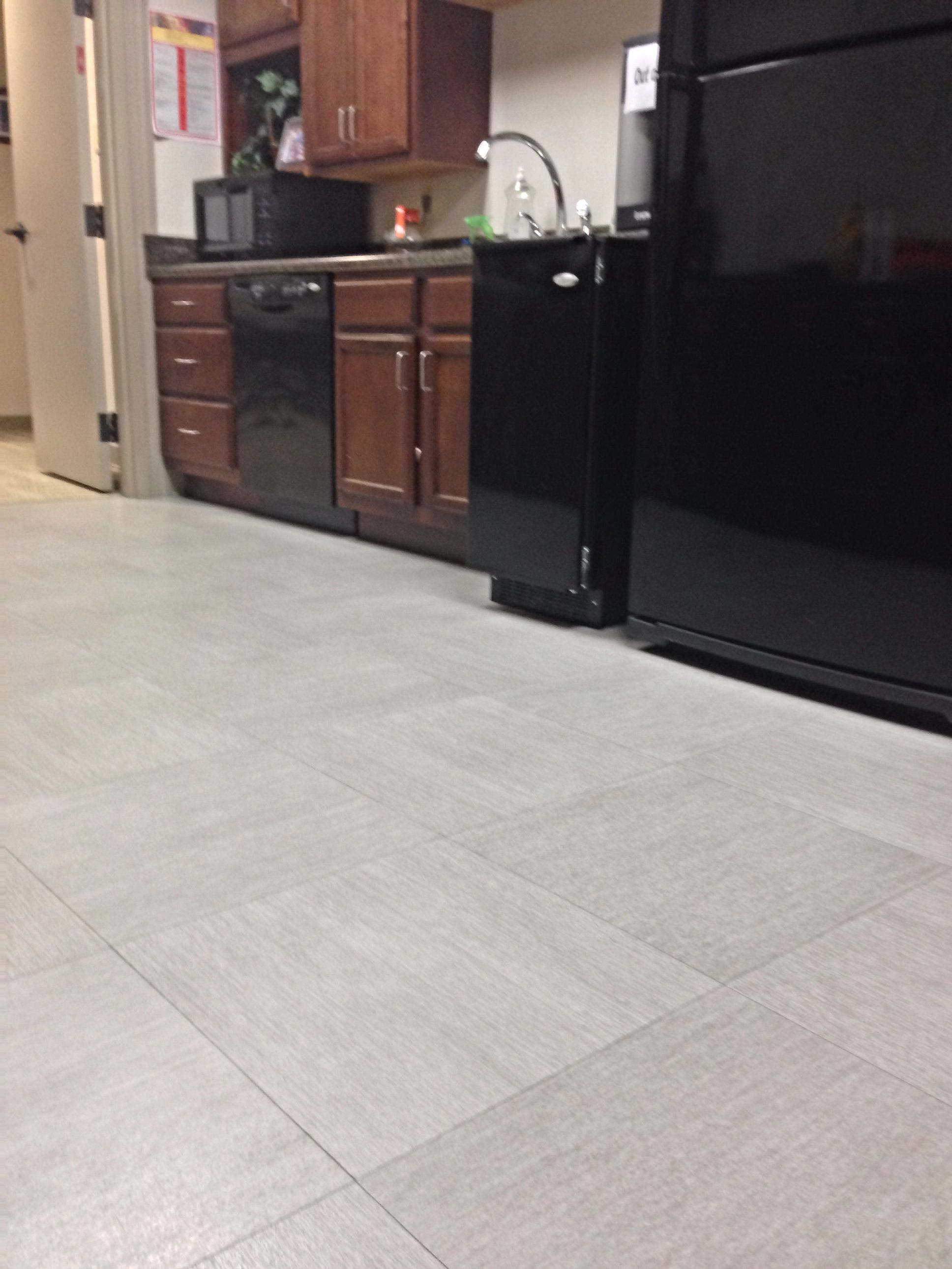 Armstrong Natural Creations Mystix Aria Gray Beige 12 X 24 Tile Www Diversified Flooring Com Luxury Vinyl Tile Home Remodeling Vinyl Tile