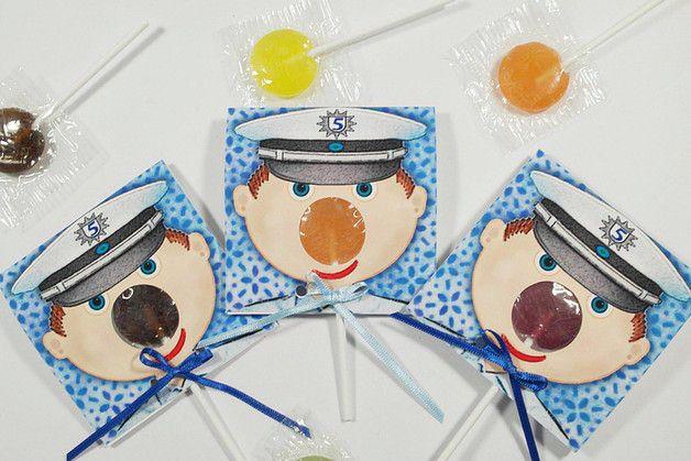 Die Etwas Andere Einladung Zum Kindergeburtstag: Die **Lolli Einladung**  Auf Jeder Einladung Ist Ein Polizist Mit Farbiger Lolli Nase.