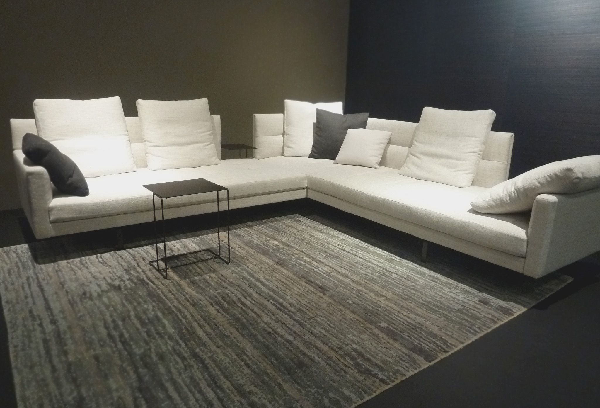 Scp contracts at cologne gordon sofa eoos for walter knoll scp contracts at cologne gordon sofa eoos for walter knoll parisarafo Gallery