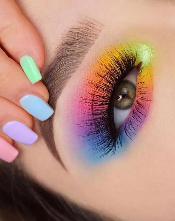 148 Pretty Rainbow Makeup Ideas In 2020 Creative Eye Makeup Eye Makeup Designs Eye Makeup