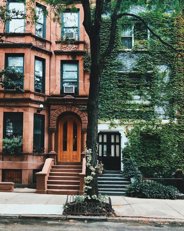 A Time Traveller's Secret Stroll through Brooklyn Heights