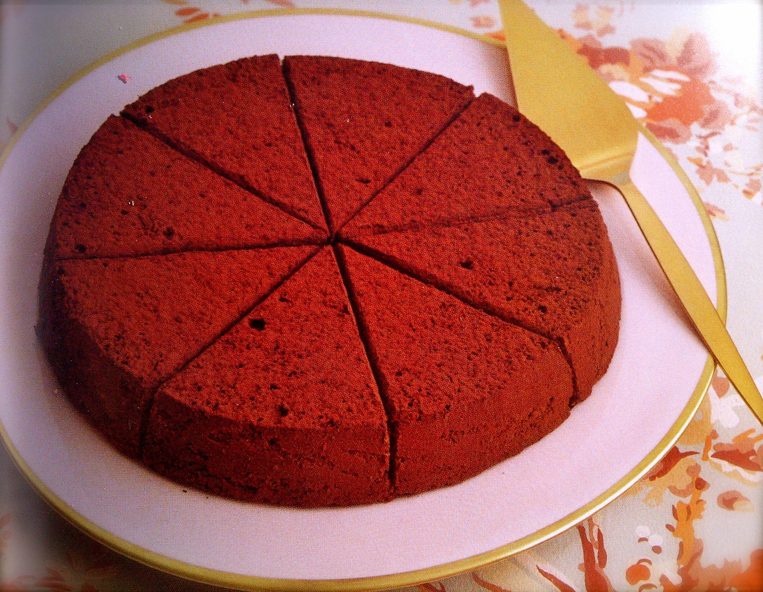 Coco Cake Recipe In Marathi: Laduree Soft Chocolate Cake Recipe