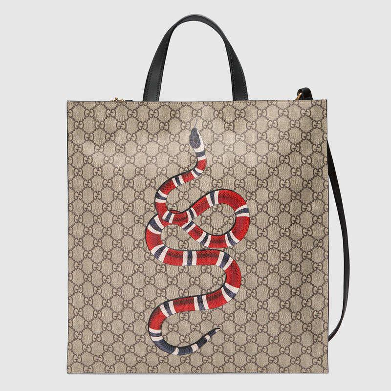 7914d5133afadd Kingsnake print soft GG Supreme tote | Buy me | Gucci tote bag, Mens ...