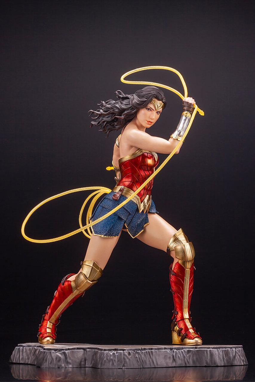 Kotobukiya Wonder Woman 1984 Movie Ver Artfx 1 6 Scale Statue In 2020 Wonder Woman Statue Wonder Woman Women