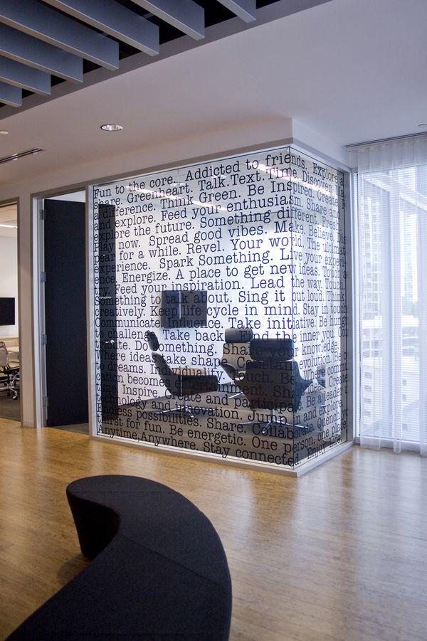 Fur Eine Glasfront Der Konferenzraume Restaurant And Shops