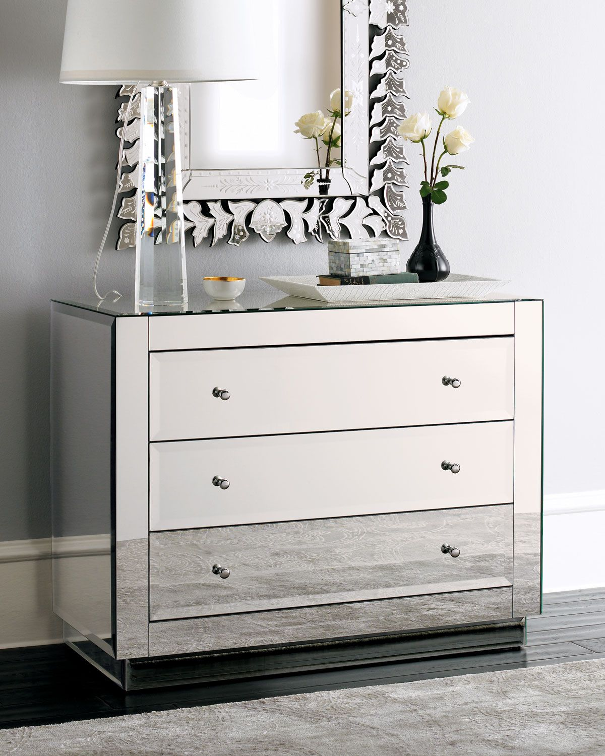 Pin By Yz99 On Furniture In 2021 Mirrored Bedroom Furniture Home Decor Mirrored Furniture