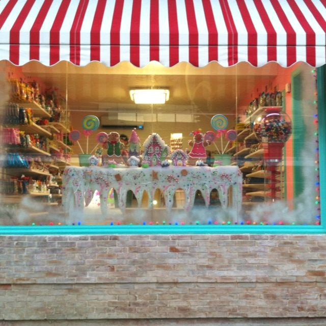 Shop Decorations For Christmas: Candy Shop Window Christmas
