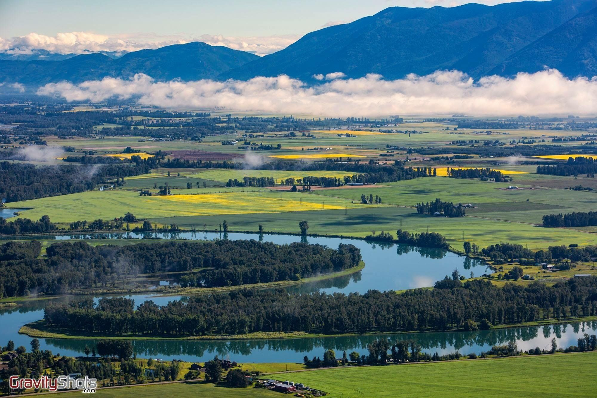 r/MostBeautiful - The Flathead River winding through the ...