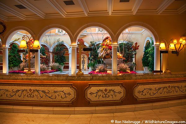Elegant Bellagio Lobby, Las Vegas Amazing Design
