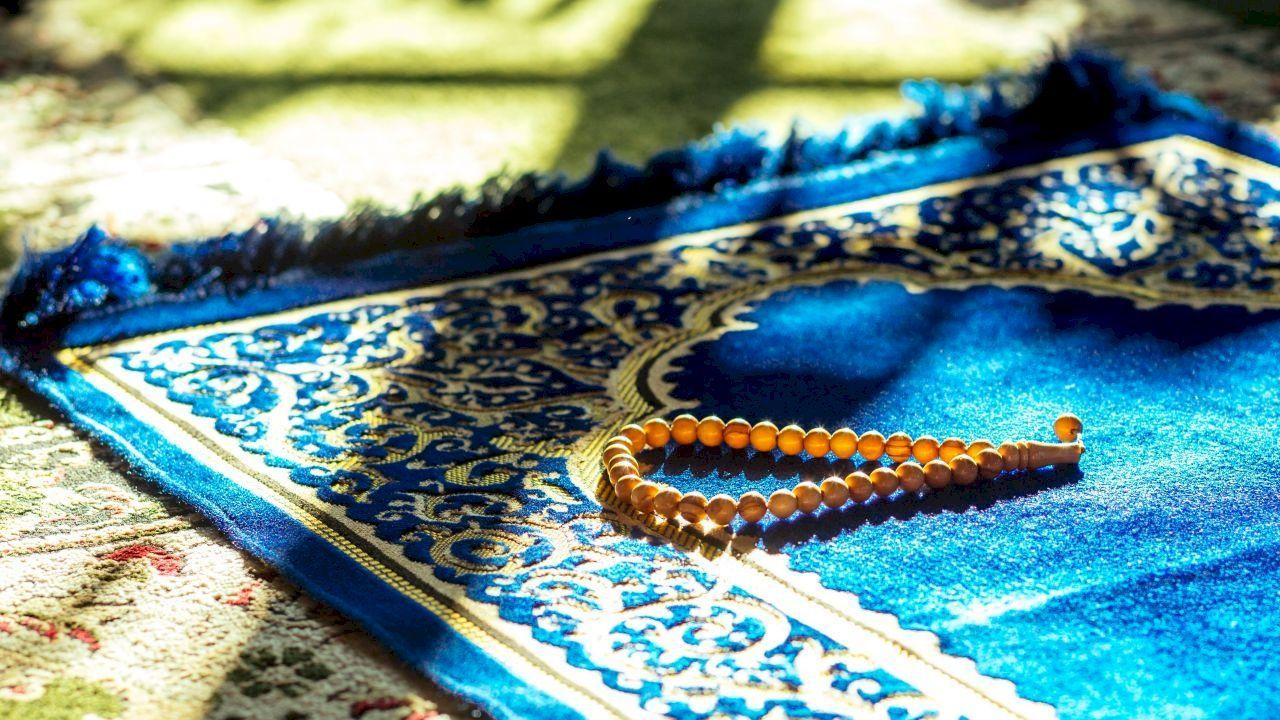 أسئلة صحية هامة خلال شهر رمضان Embroidered Friendship Bracelet Embroidered Friendship Bracelets
