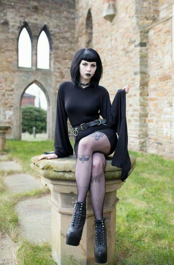 Épinglé sur Gothic!