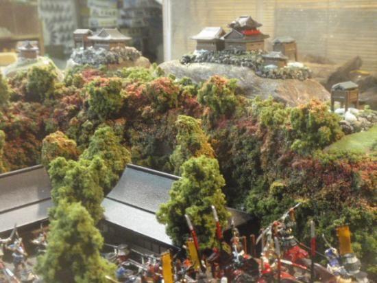 日本100名城・合戦ジオラマ 織田信長・小谷城の合戦  お城 模型 ジオラマ完成品