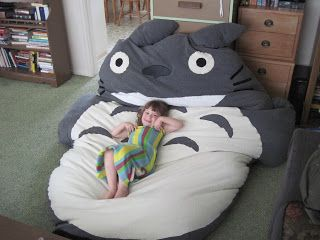 Almost DIY Totoro bed. Not sure I have the patience or talent to make this  but it looks so comfy. e087cd5730
