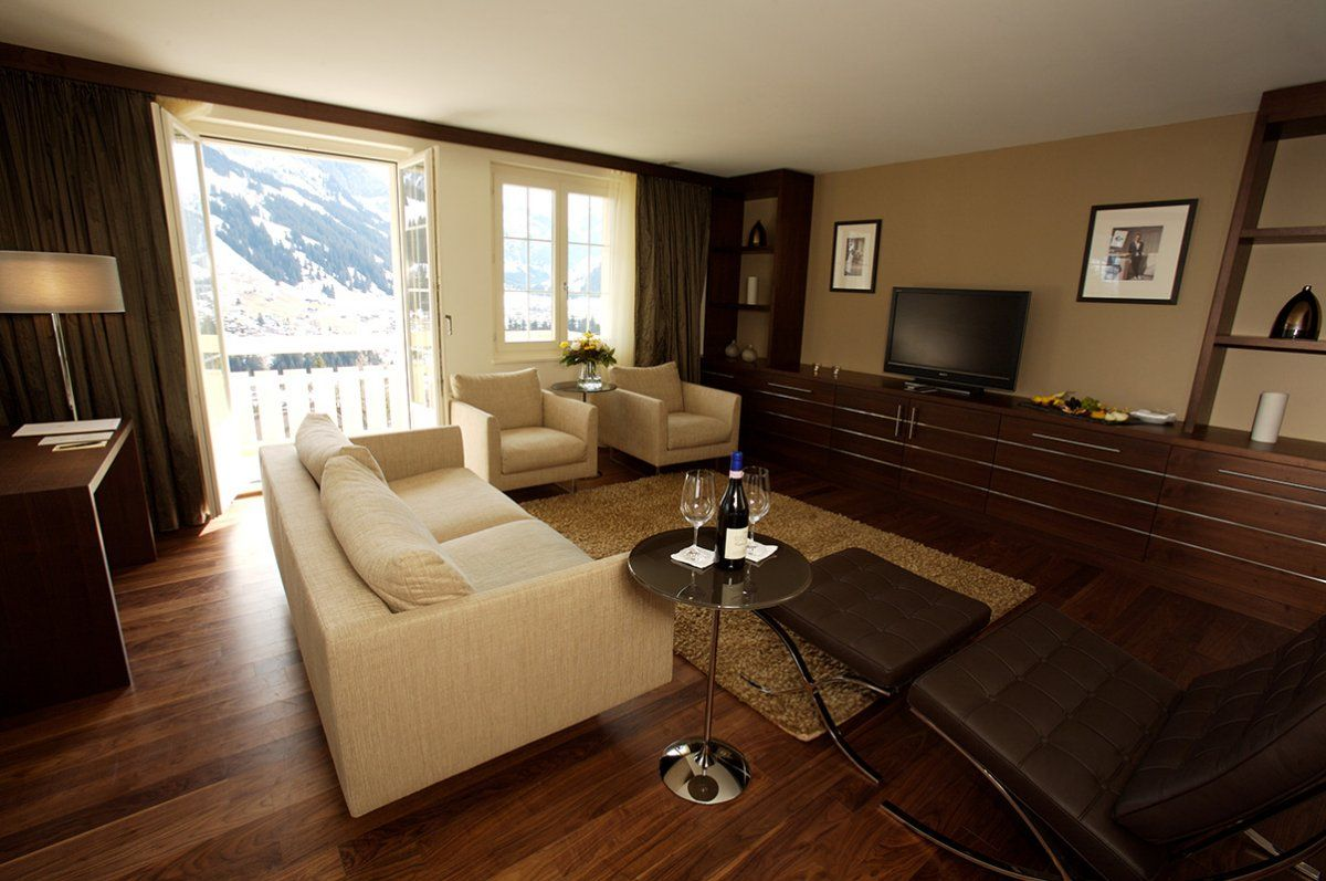 Living Room with Swiss Alps View in Cambrian Hotel Photo Living