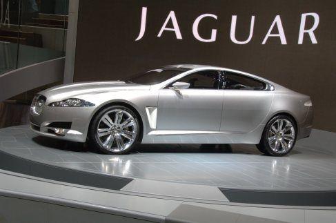 jaguar e land rover batem recorde de vendas em abril   autoasa
