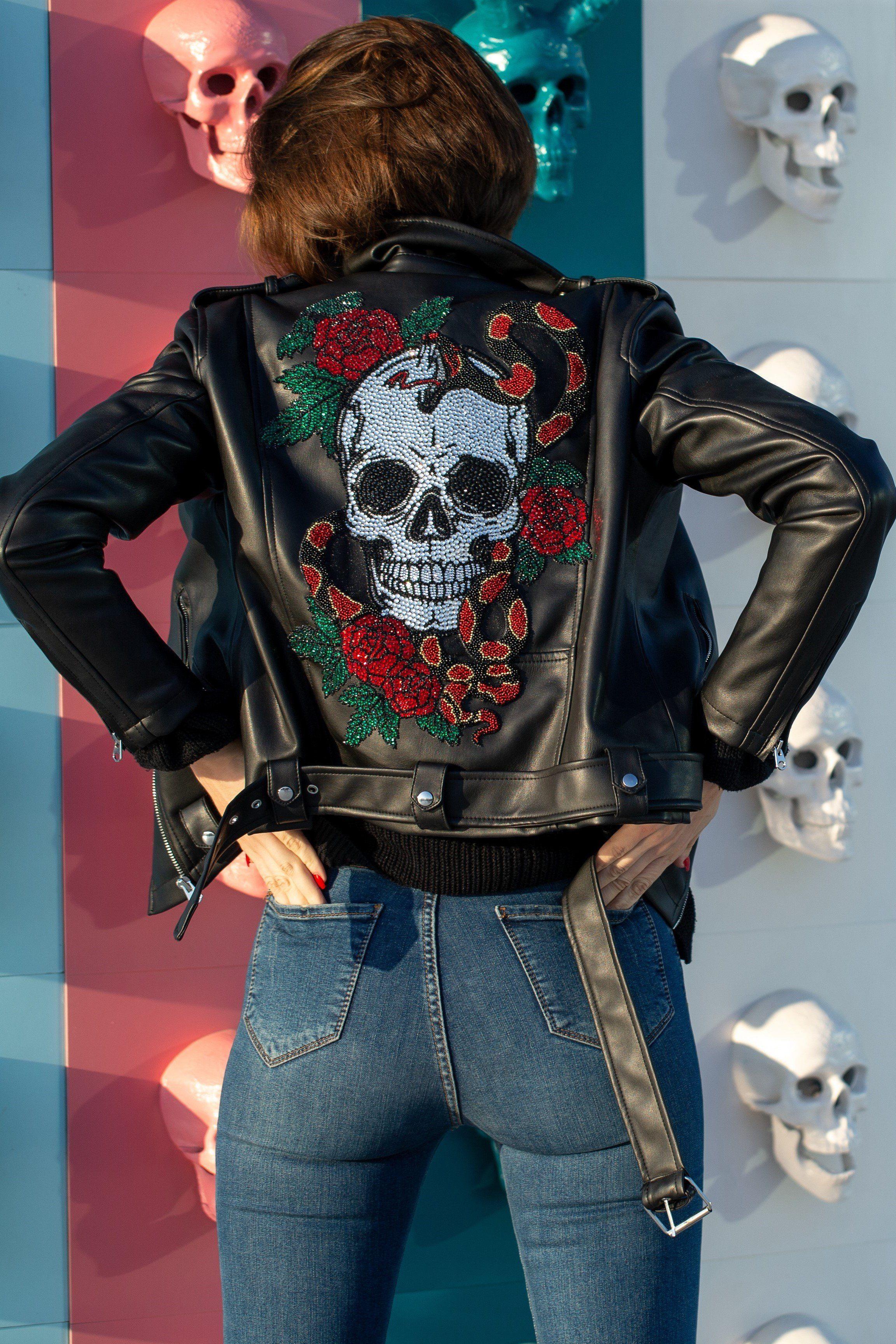 Crystal Skull Roses Biker Jacket Black Leather Jacket In 2021 Punk Jackets Custom Leather Jackets Jacket Outfits [ 3455 x 2304 Pixel ]
