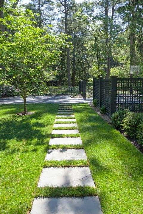 Stone walk, minimal look