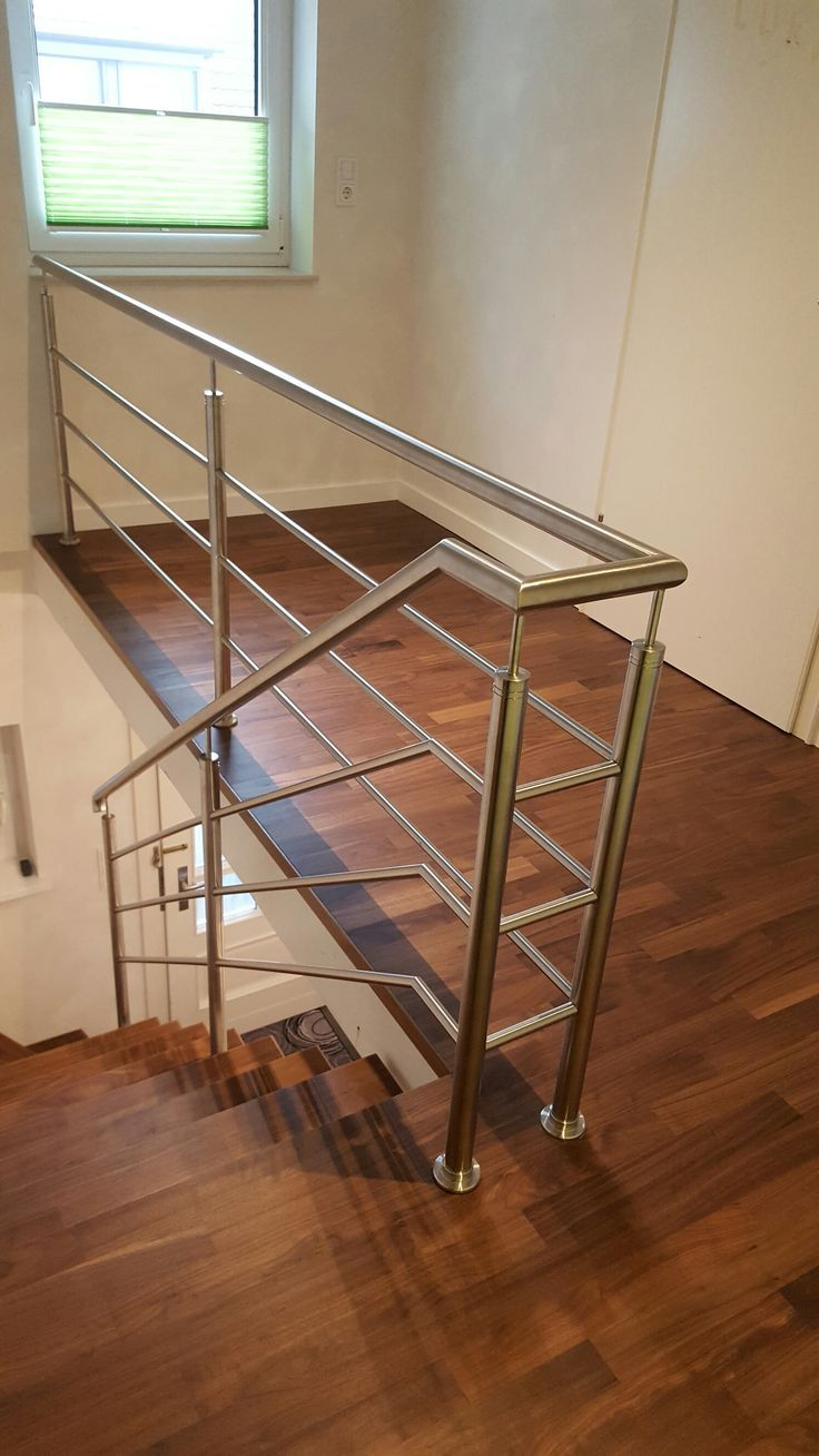 Elegant Stainless Steel Railing Made Of Round Tube Stainless Steel Railing Steel Railing Design Stainless Steel