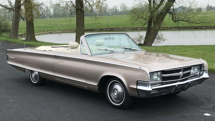 1965 Chrysler 300L Convertible | U61.1 | Indy 2018 | Mecum Auctions
