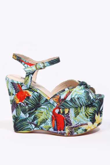 Hawaiian style wedge