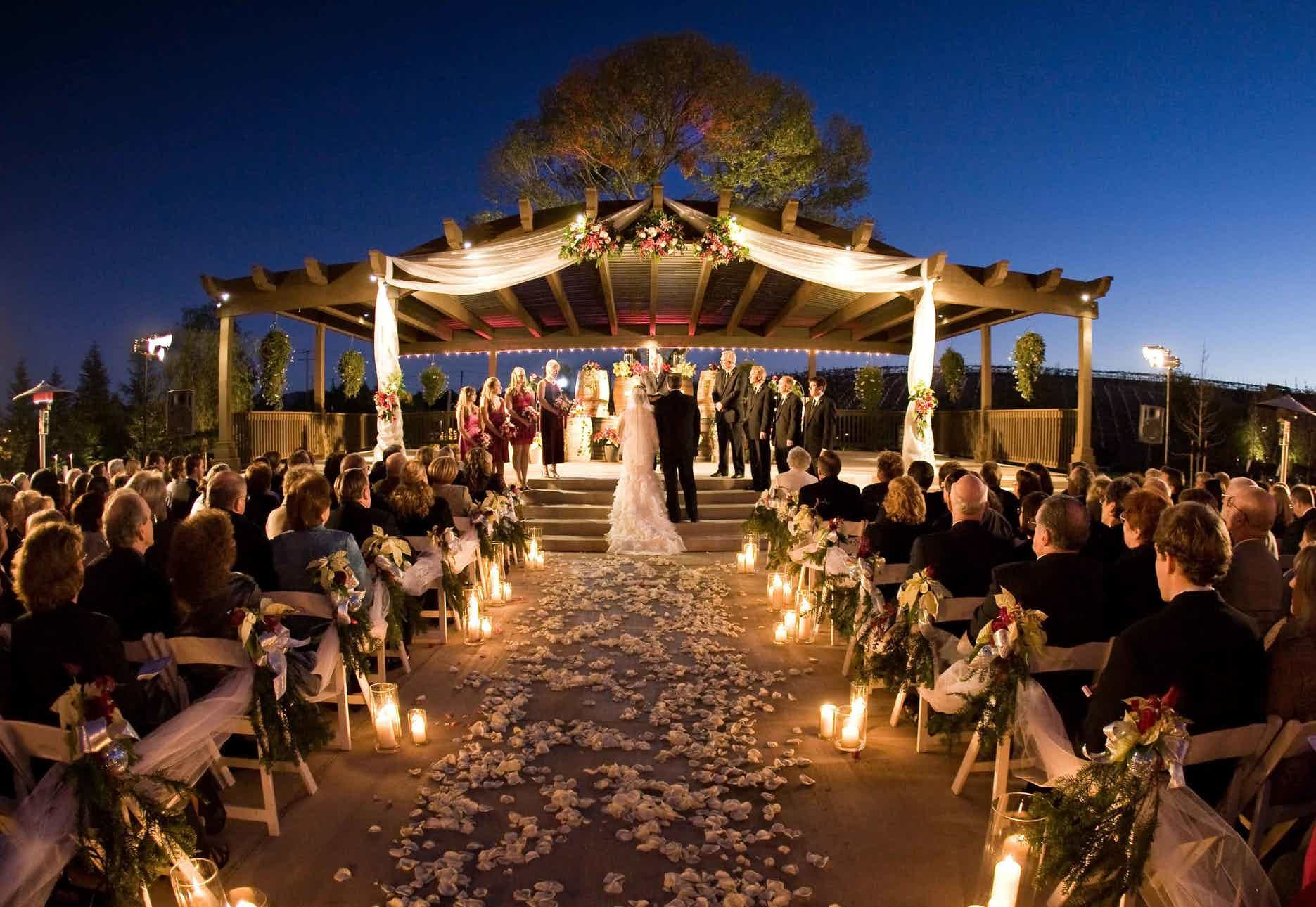 Wilson Creek Winery Wedding Venue Temecula Ca 92591 Outdoor Night Wedding Night Time Wedding Outdoor Evening Wedding