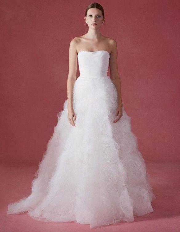 See Oscar de la Renta\'s Latest Wedding Gowns—Dress #12 Is Insane ...