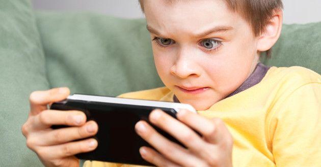 Internet vs. Deporte: ¿Qué prefieres para tus hijos?
