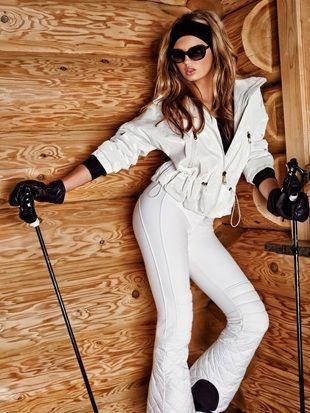 Are these the world's sexiest ski pants? Looks like so #skiing #ski #sexy #style #Snow #Ice #Cryothérapie #MoodBoard #Cryosauna #Cryotherapy #Cryothérapie #Wellness #BeLike  http://www.cryojetsystem-france.com/