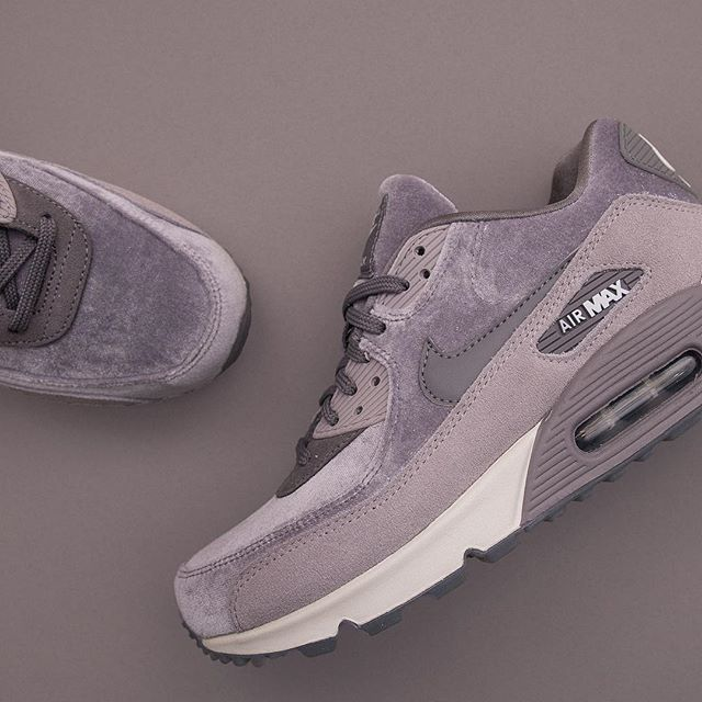 reputable site d5d6b 5c115 Nike Wmns Air Max 90 LX - 898512-007 airmax90,footish,Nike,