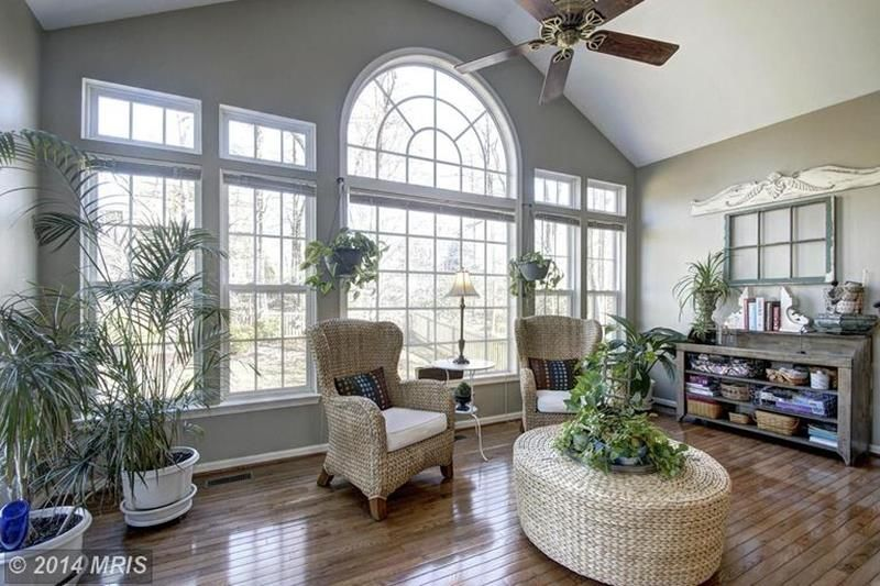 shabby chic living rooms pictures new room design resultat de recherche d images pour soooo romantic traditional with ceiling fan hardwood floors antique window frame santino wing chair cushion