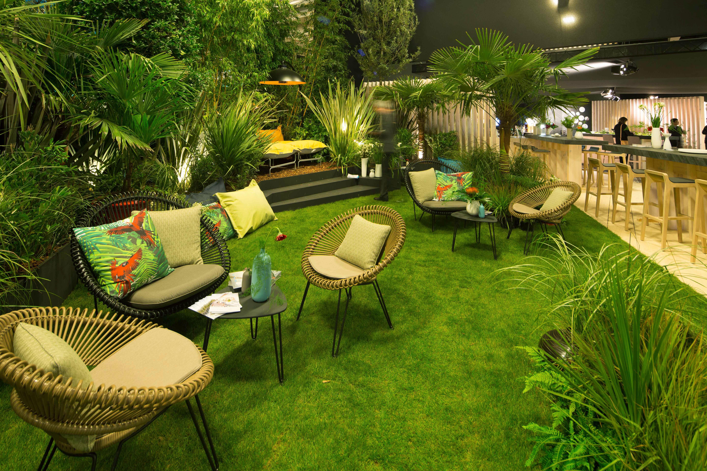 Jardins Terrasses Salon Equiphotel Paris Concepteur Paysagiste Christophe Gautrand Hotels Hotellerie Pal Outdoor Furniture Sets Outdoor Decor Outdoor