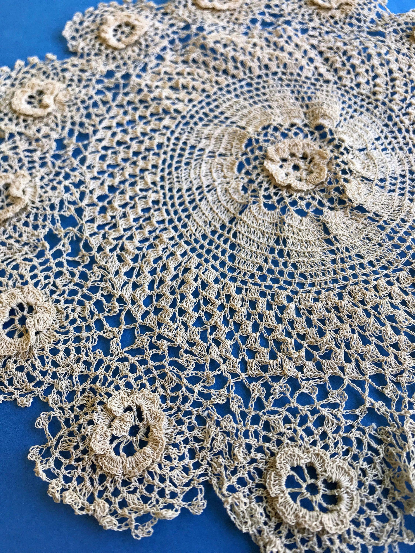 Vintage Crochet PATTERN to make Heirloom Lace Crochet Doily Centerpiece Mat