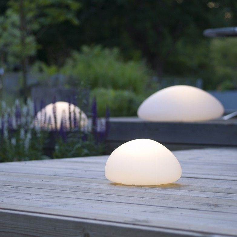 MIMO outdoor floor led lamps by Calabaz (3 sizes, wireless, rechargeable and floating)